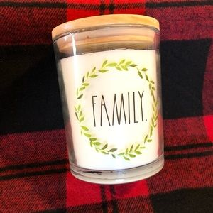 "NWT Rae Dunn ""Family"" Wreath Candle Winter Pine"